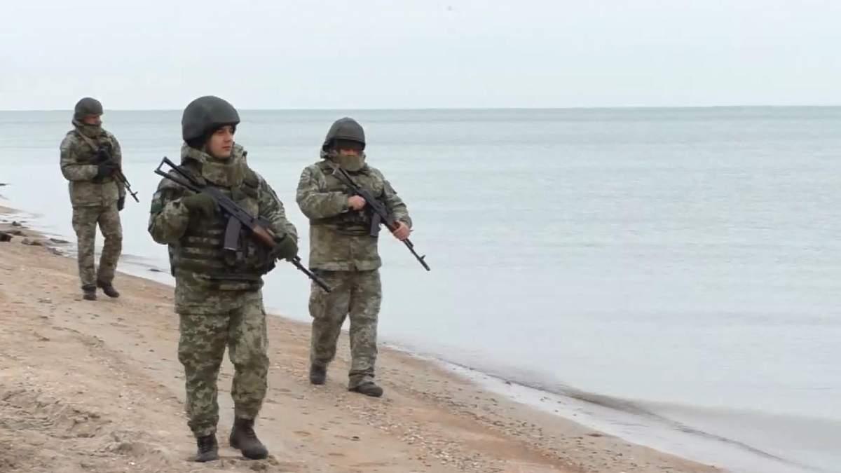 """""""Нога российского солдата сюда не ступит"""": как пограничники патрулируют Азовское море"""