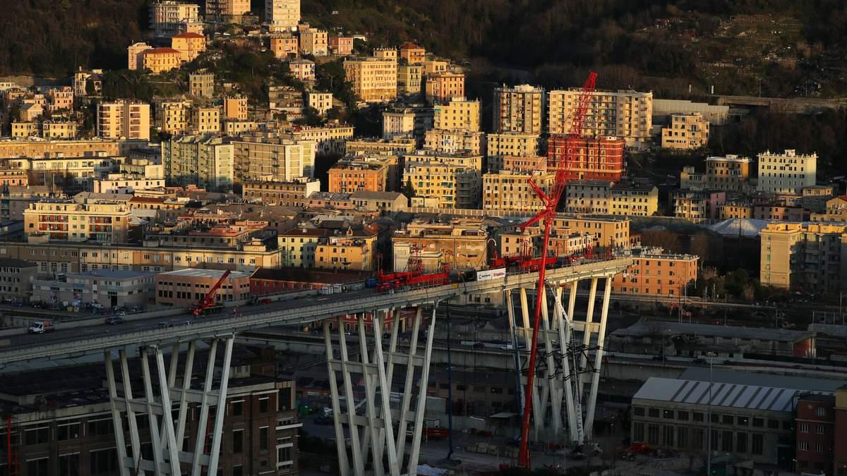 В Италии начали демонтаж моста Моранди
