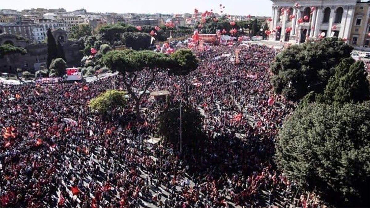 Правительство должно выйти в реальный мир: сотни тысяч людей вышли на протесты в Риме