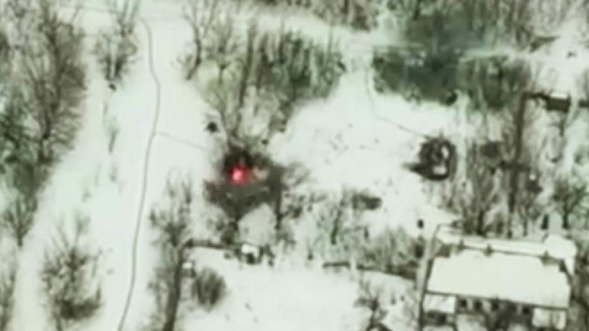Украинские военные уничтожили БМП пророссийских боевиков на Донбассе
