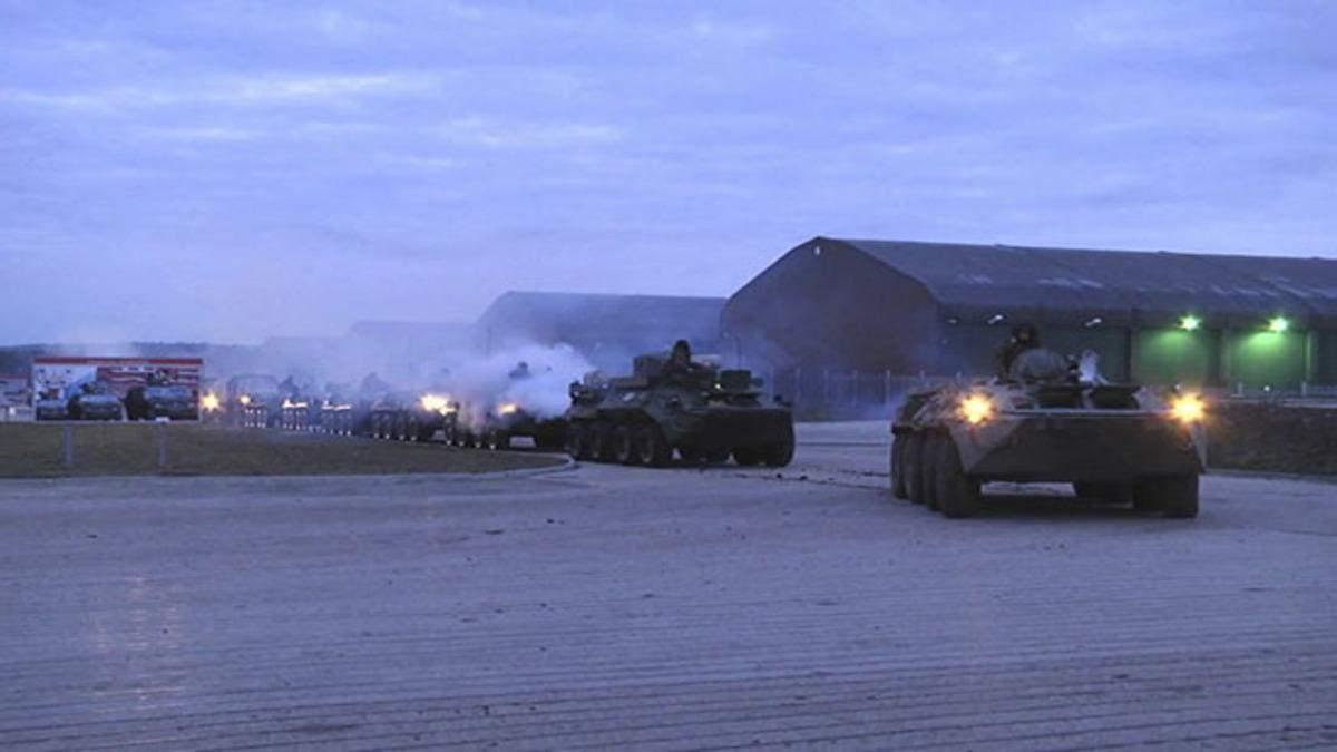 Россияне стянули военных и спецтехнику для учений в аннексированном Крыму: фото