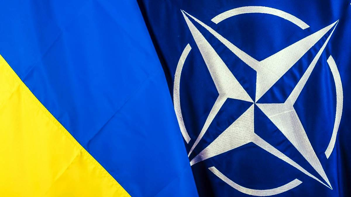 Силы НАТО почти ежемесячно будут заходить в украинские порты, – Полторак