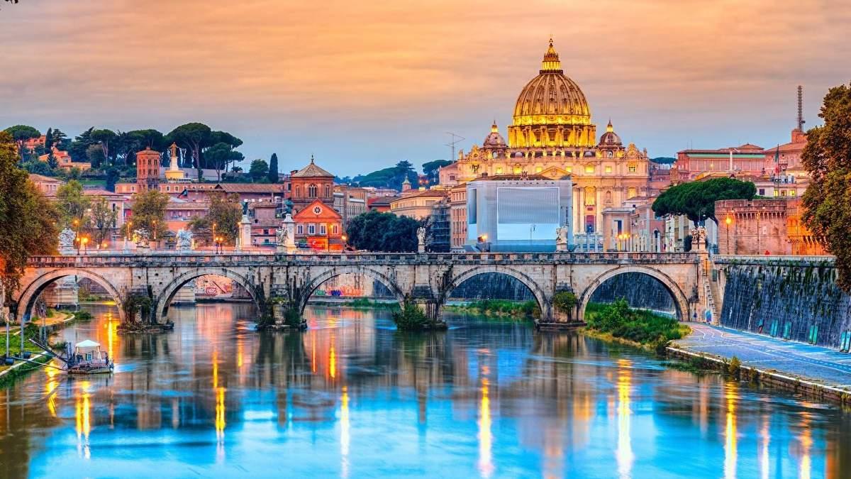 Куди поїхати у березні в Європу - найкращі місця для відпочинку