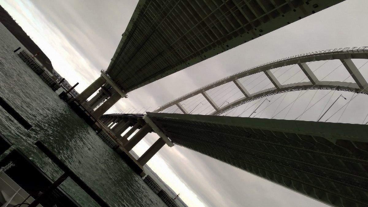 """""""Ловушка"""": главную проблему Крымского моста показали на фото"""