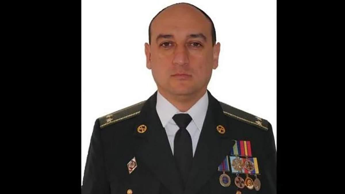 Командир військової частини №А1358 Віктор Іванів