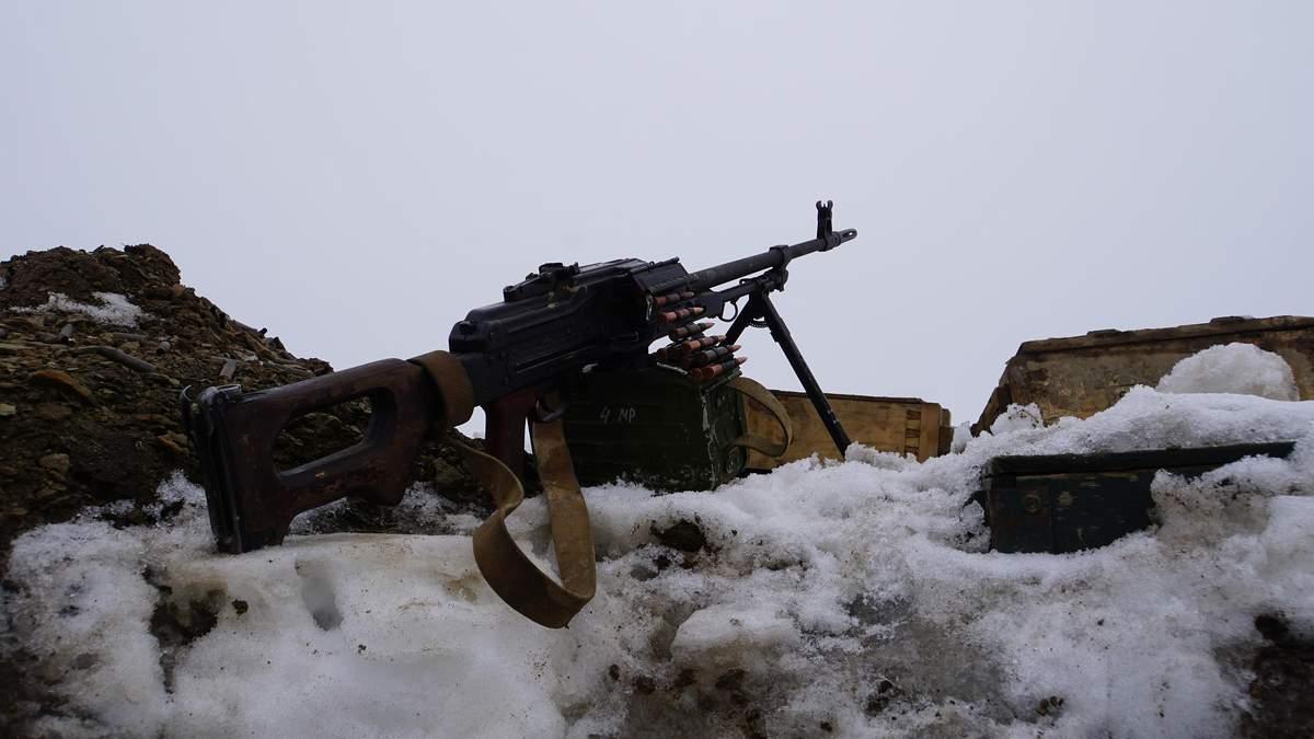 На Донбассе под обстрелом оккупантов погиб украинский защитник