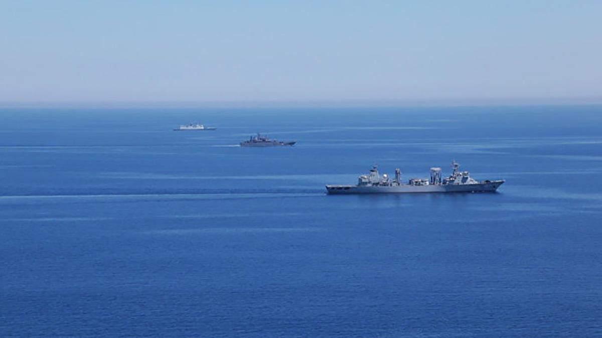 ВМС Венесуели хочуть перехопити іноземні судна з допомогою