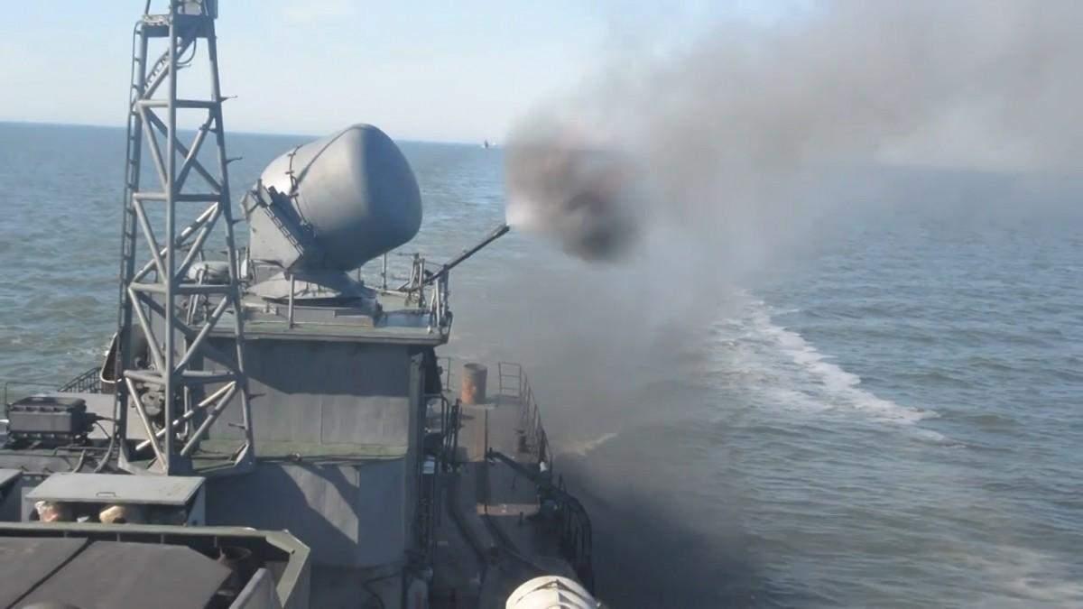 Новий корабель Чорноморського флоту Росії Василь Биков провів стрільби в морі