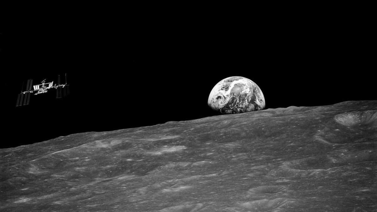 МКС на орбіті Місяця
