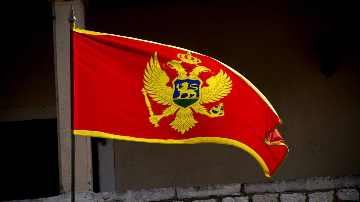 Тисячі людей протестують проти уряду у Сербії та Чорногорії