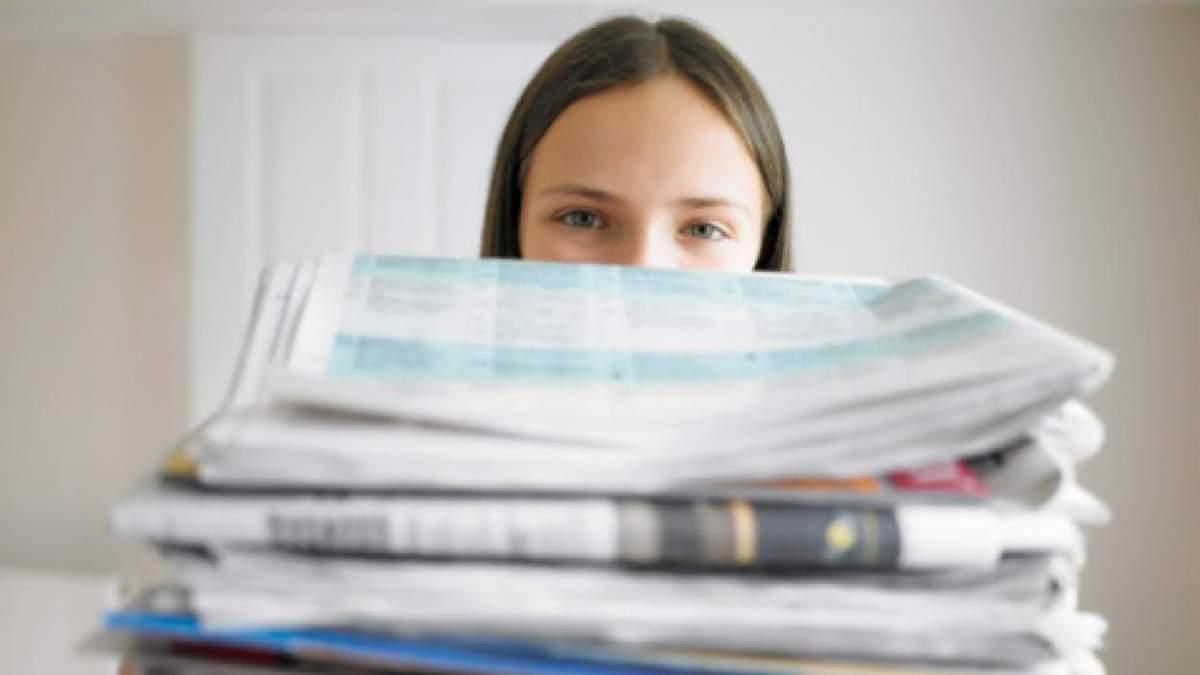Львівським школам платять за зібрану макулатуру