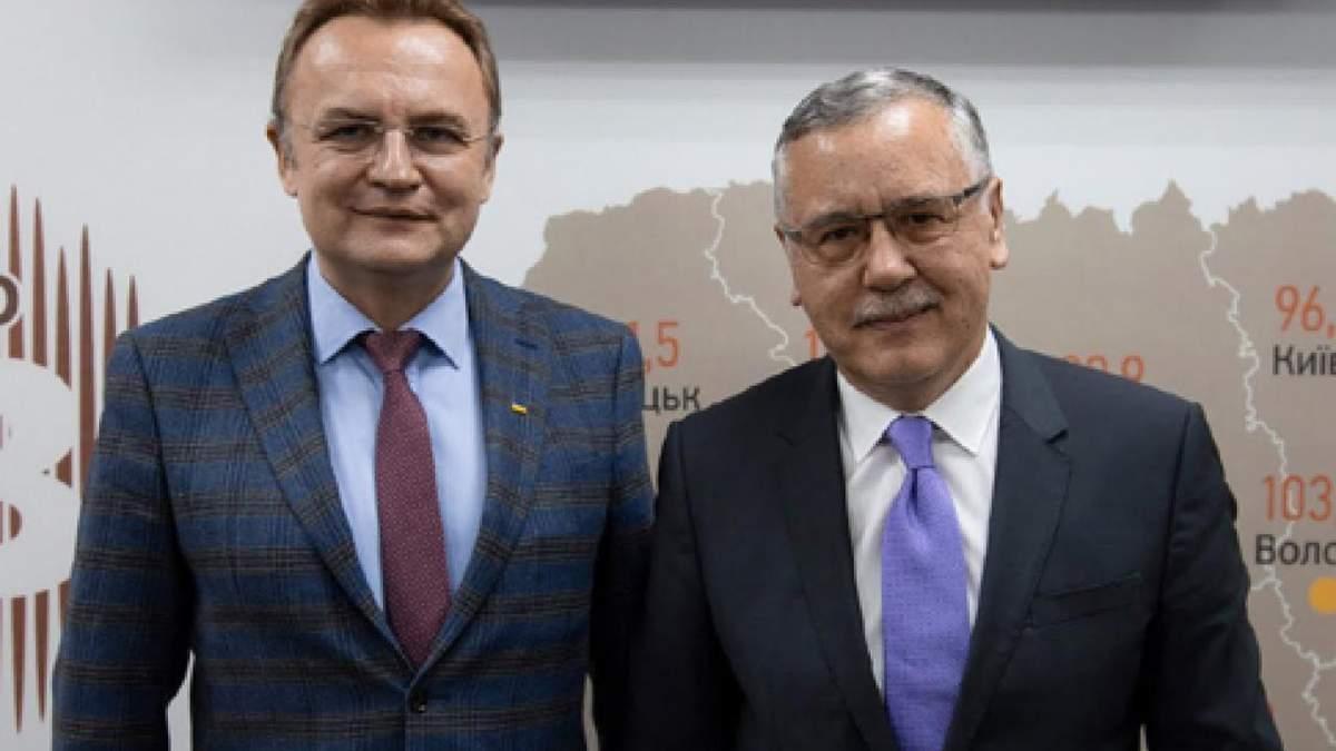 Хто, крім Андрія Садового, підтримає Анатолія Гриценка?