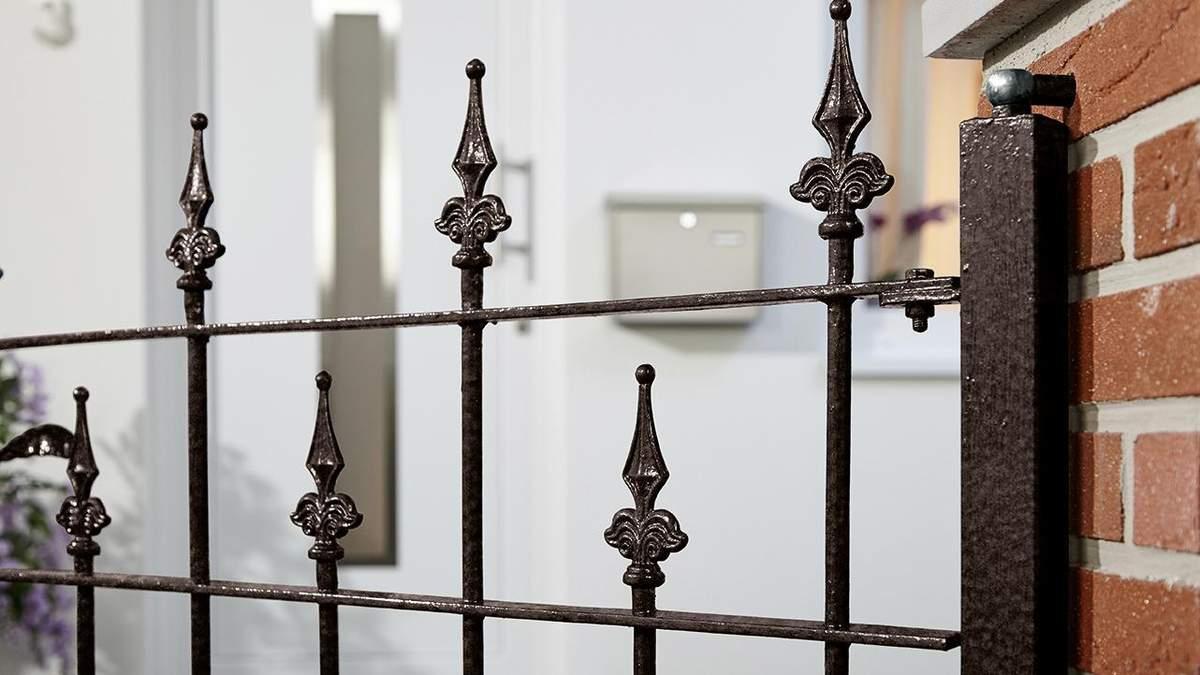 Як захистити паркан від корозії і зробити надійним - поради