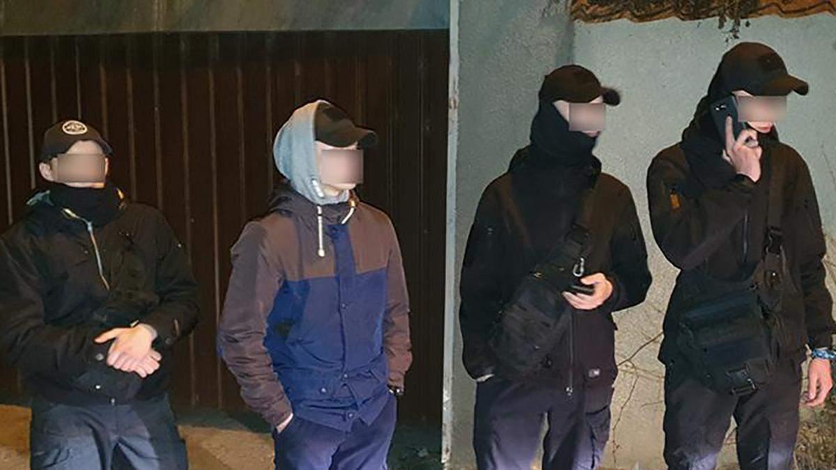 Подростки устроили стрельбу в Николаеве: фото и видео