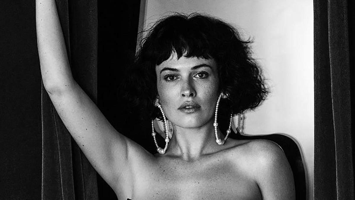 Даша Астаф'єва у сексуальній фотосесії