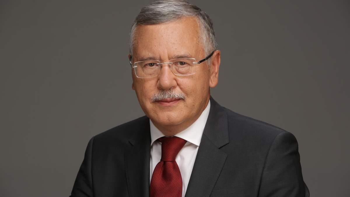 Гриценко требует отставки главы СБУ