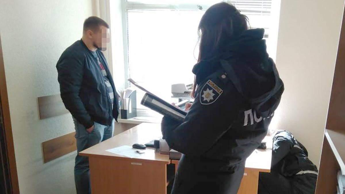 У Києві обстріляли будівлю суду