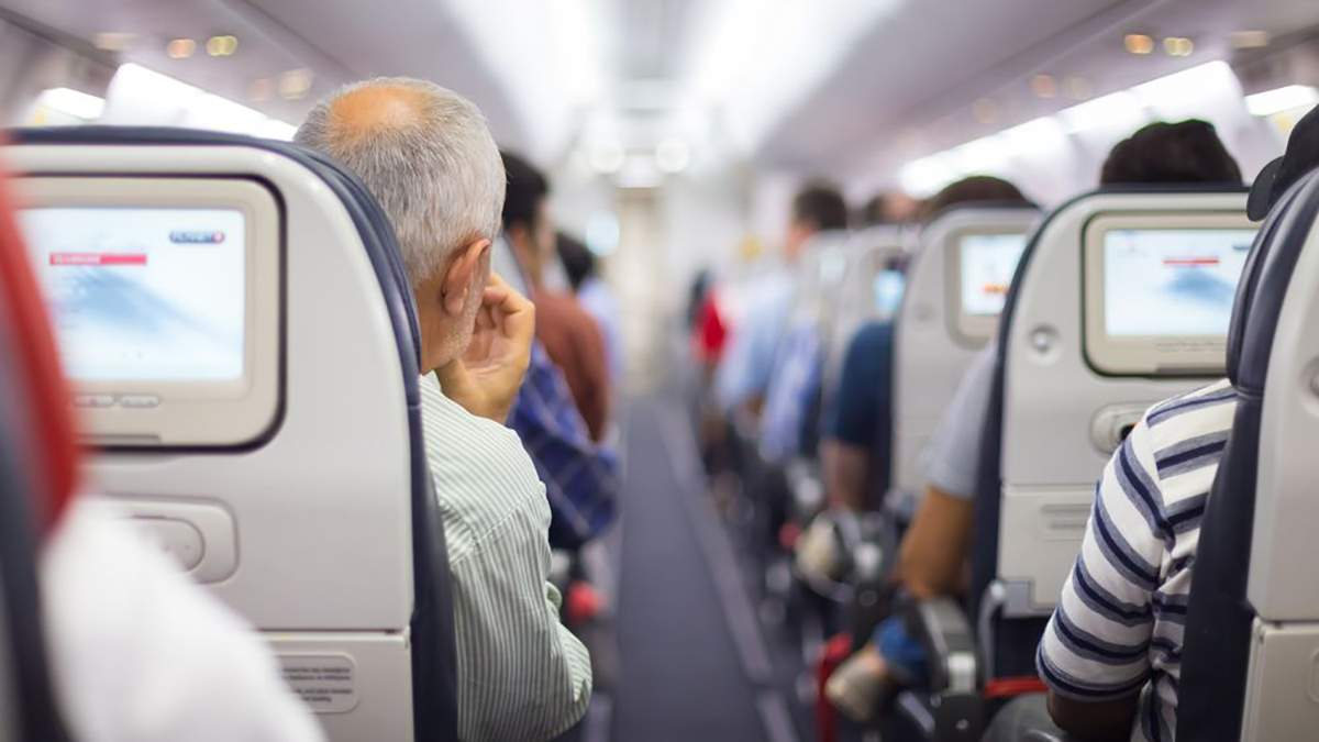Самолет вернулся в аэропорт, потому что женщина забыла ребенка
