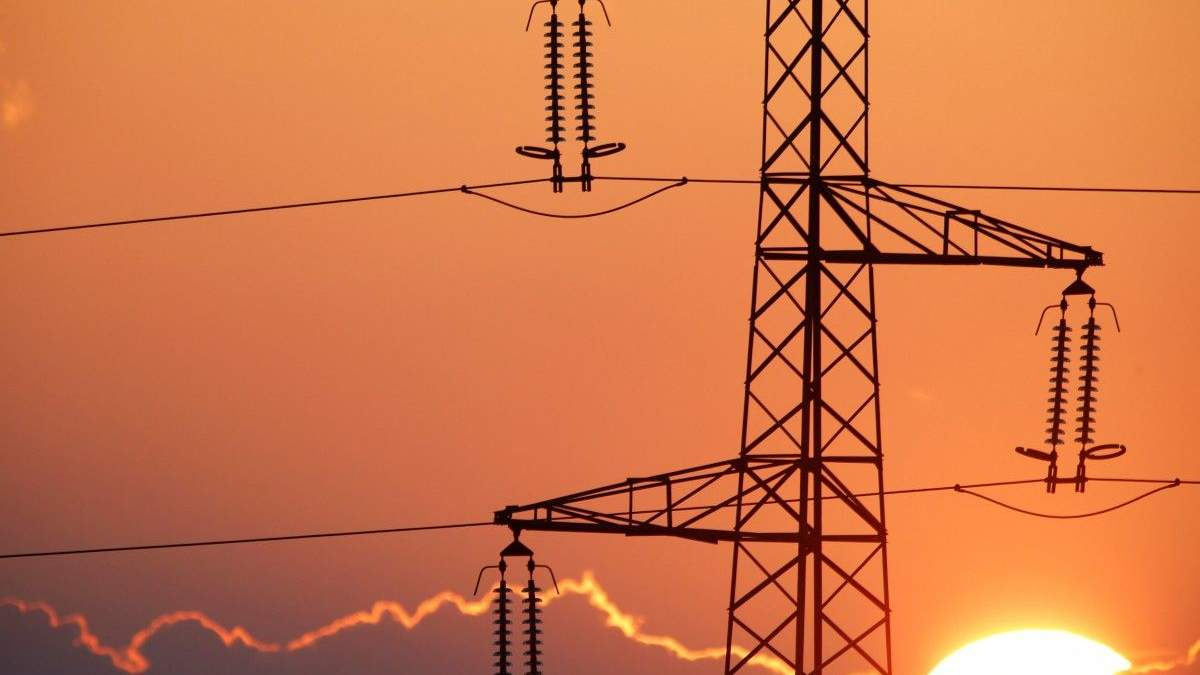 Ахметов продавал Украине электроэнергию вдвое дороже