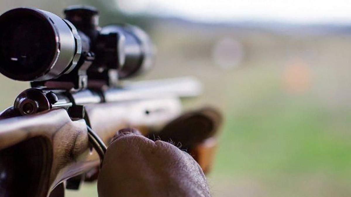 Ворожий снайпер обстріляв позиції українських військових: є поранені