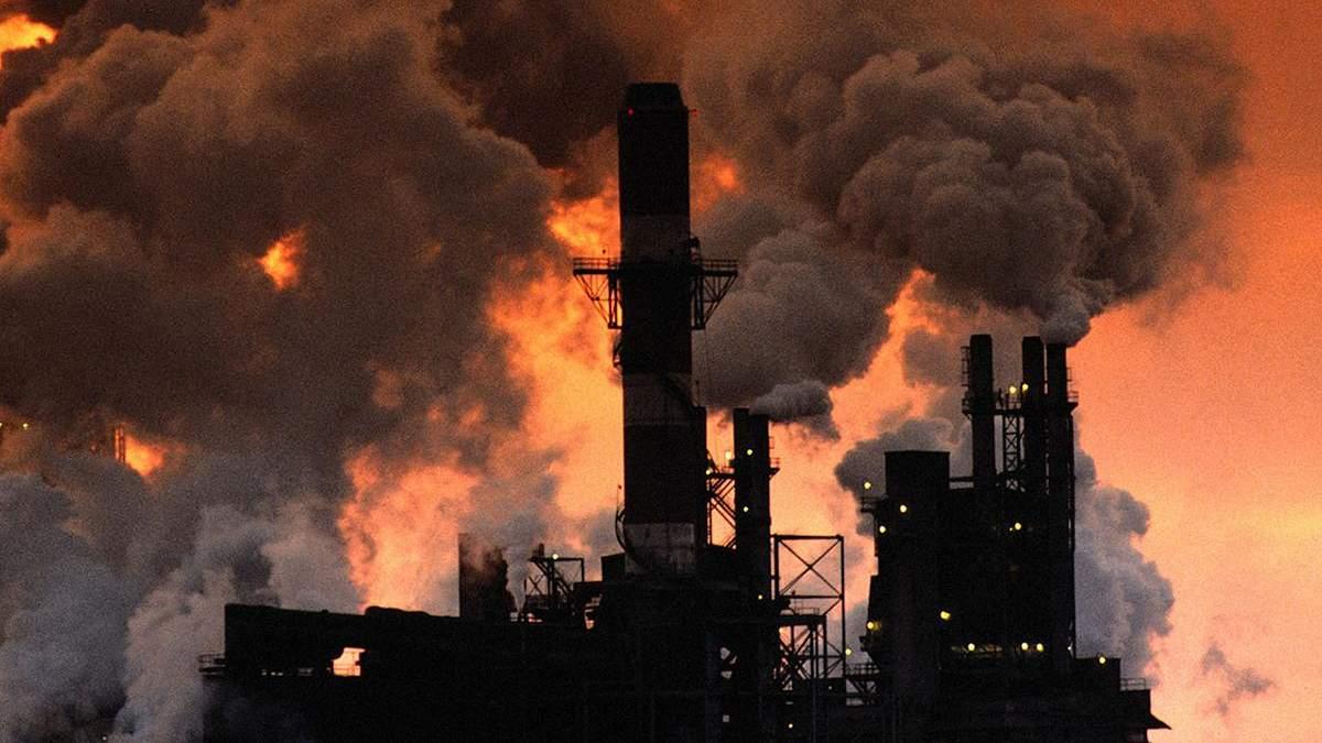 Новий хімічний викид у Криму може нашкодити серцю, печінці та органи дихання