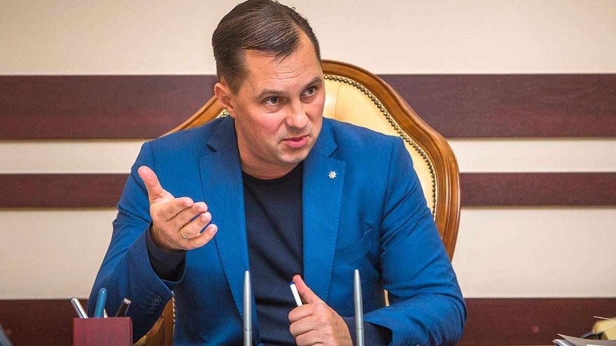 Мисциливці, бл**ь, – глава поліції Одещини зганьбився через українську мову, є відео
