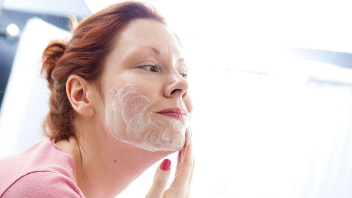 Шість поганих звичок, які погіршують стан шкіри