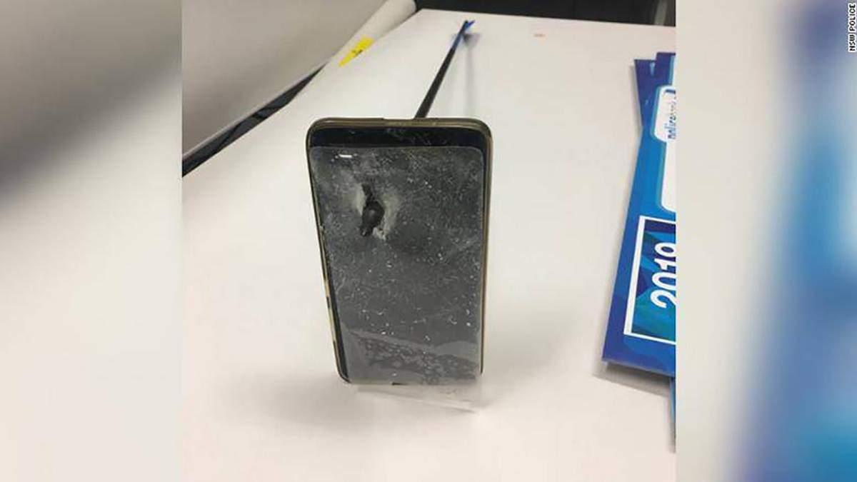 В Австралии смартфон спас жизнь: шокирующие фото