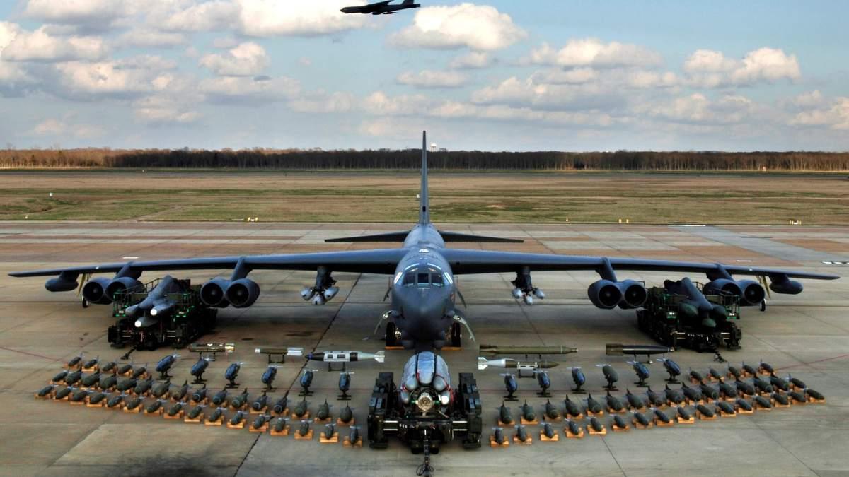Из-за России США перебросили в Европу бомбардировщики, способные нести ядерные ракеты