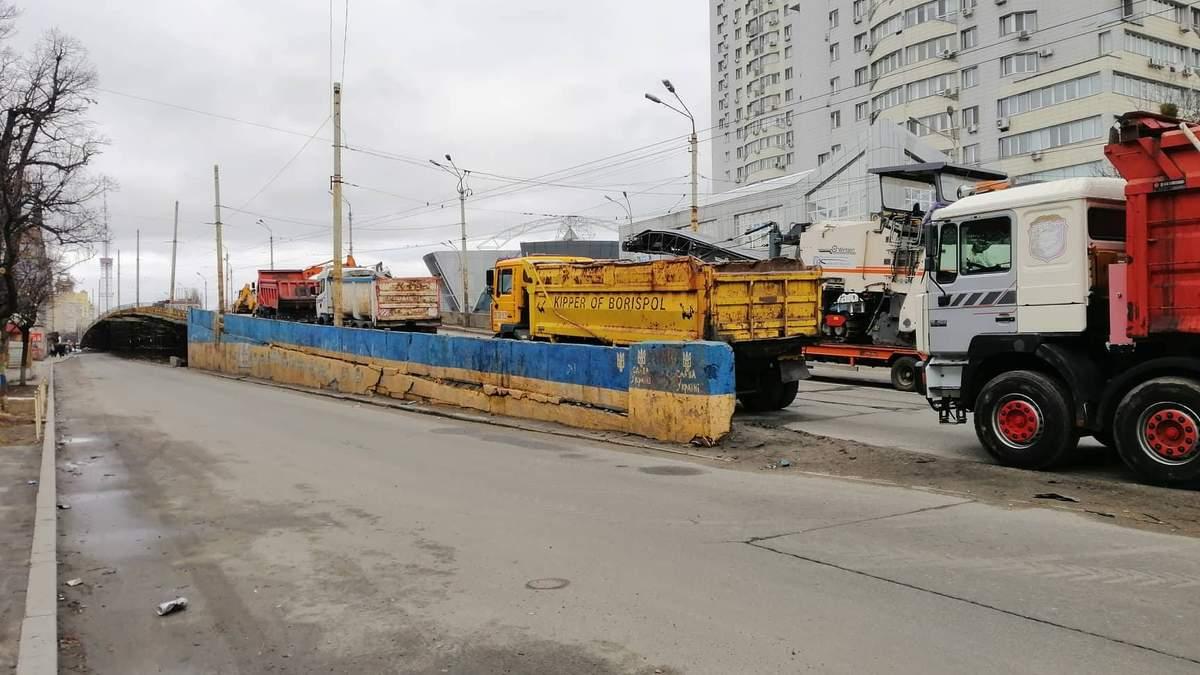 """Реконструкція """"втомленого Шулявського мосту"""" розпочалася: деталі"""