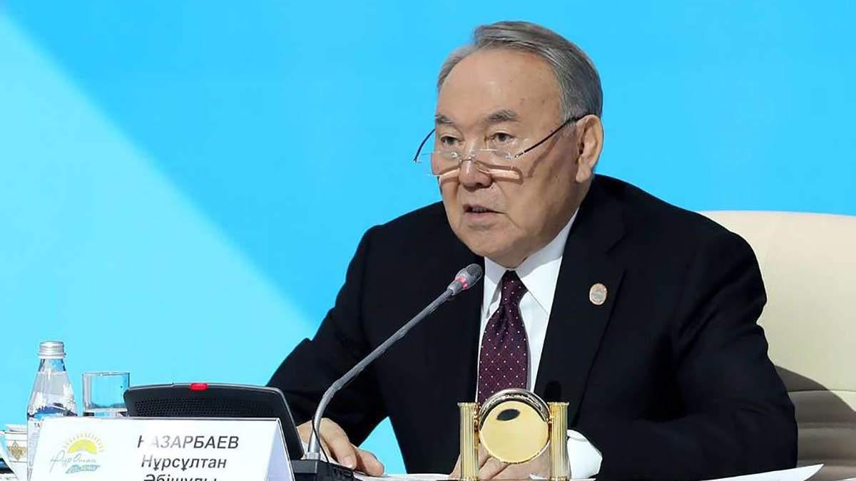 Назарбаєв перед відставкою телефонував лідерам п'яти країн