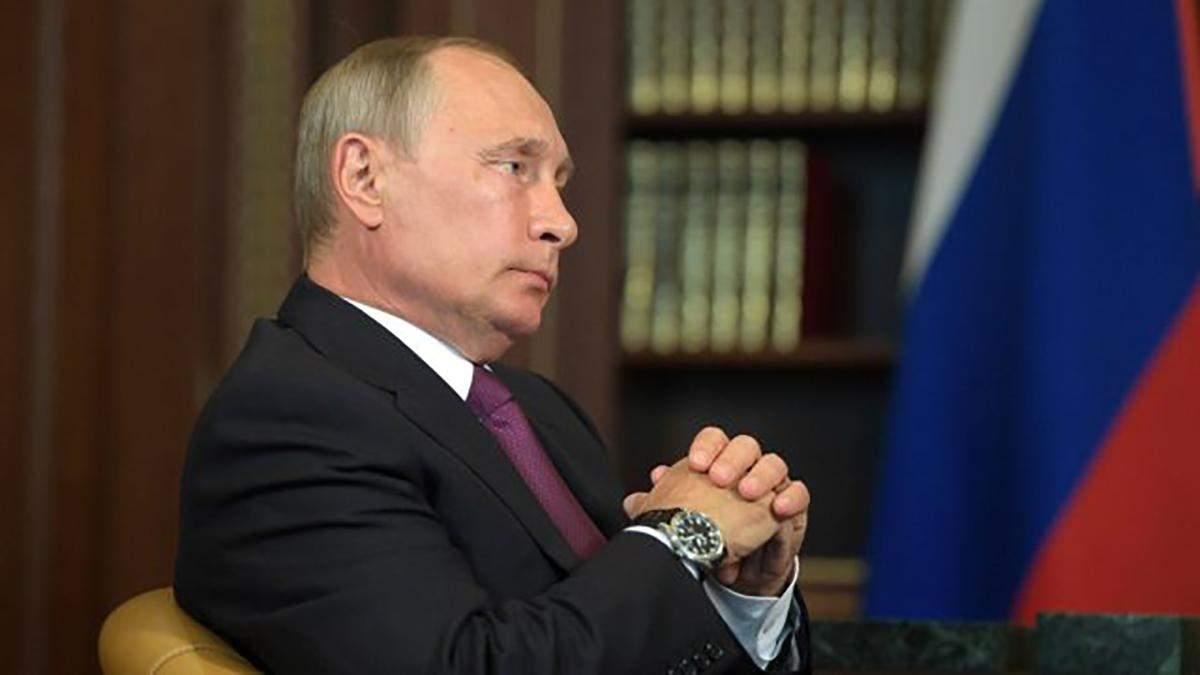 Путін вигадав як знову залишитися при владі: у Кремлі прокоментували інформацію Bloomberg