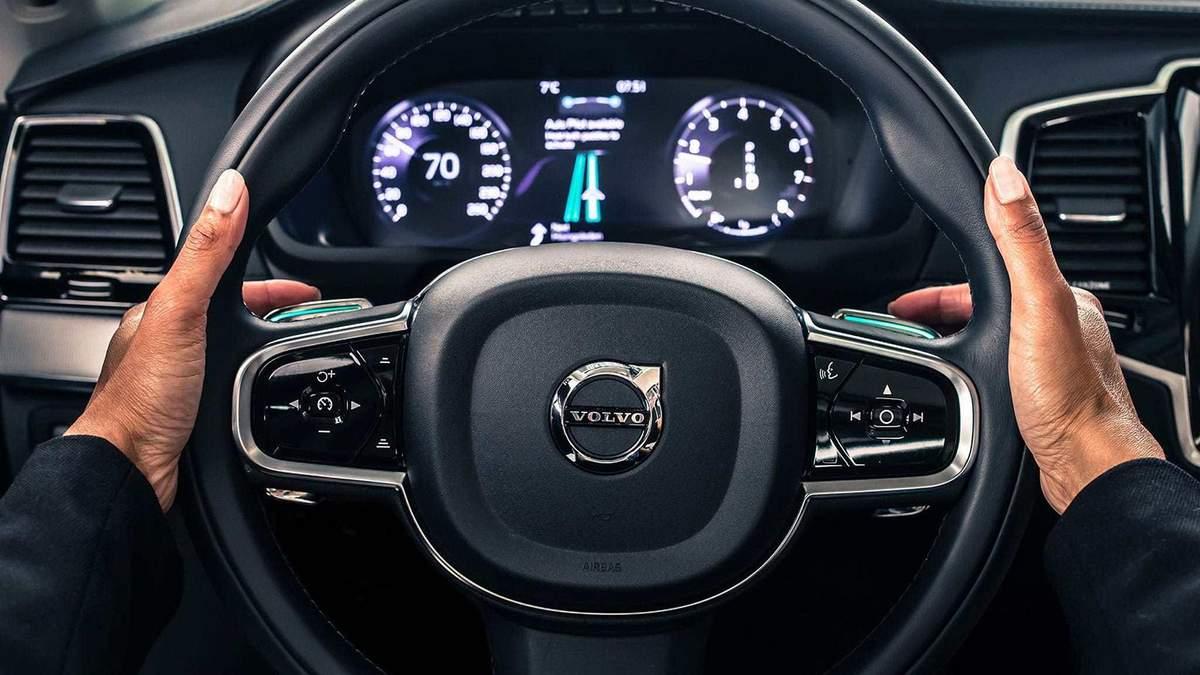 Автомобілі Volvo визначатимуть нетверезих водіїв