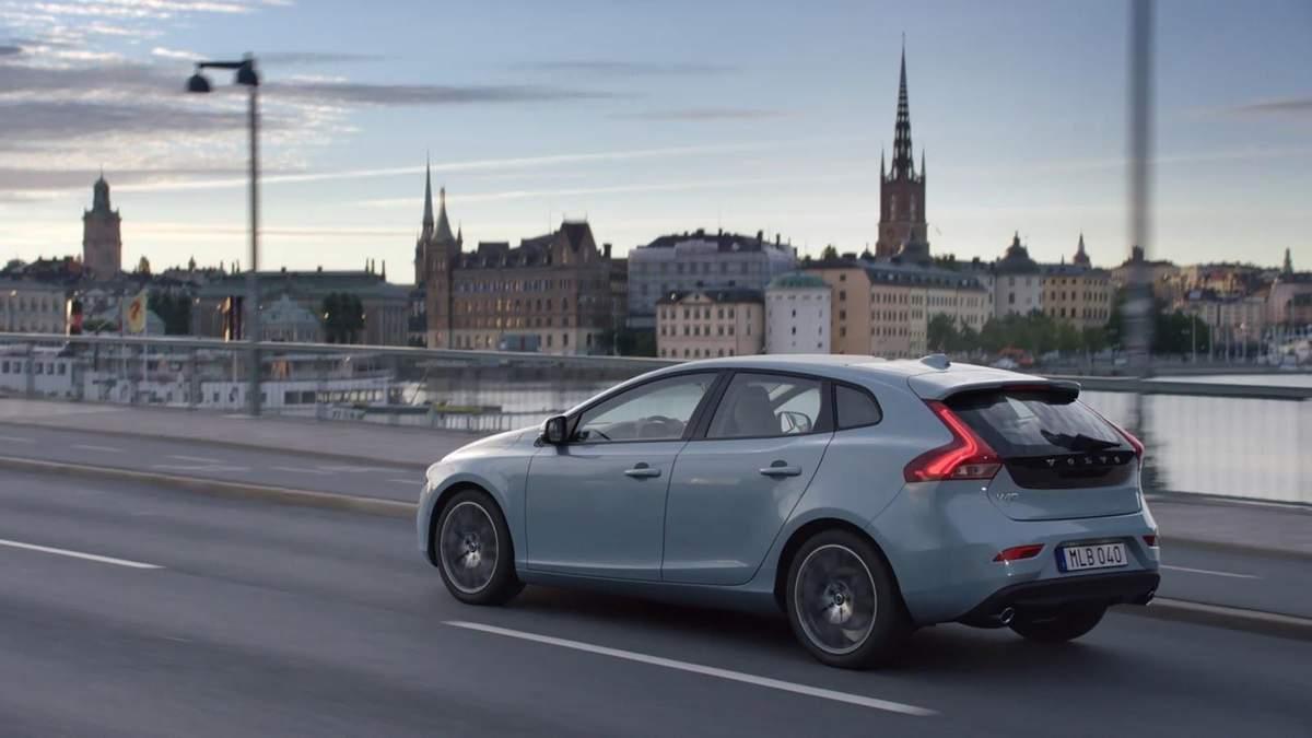 Volvo запускает систему ограничения скорости в своих автомобилях Care Key