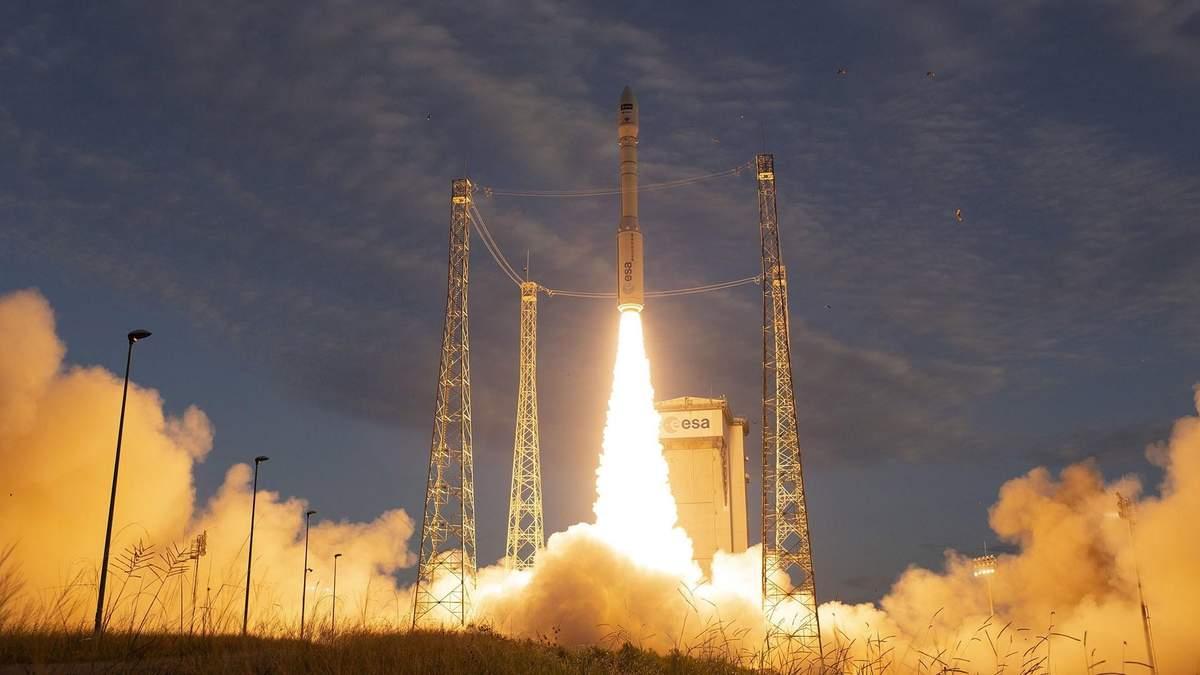 Європейська ракета з українським двигуном успішно вивела на орбіту супутник: вражаюче відео
