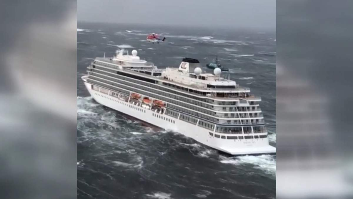 Мебель скользила по каютам, судно несло на камни: пассажиры об аварии круизного лайнера – видео