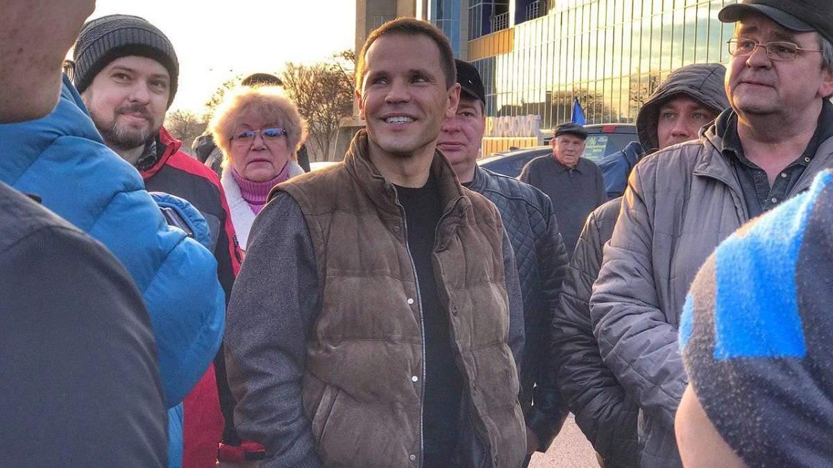 Кандидат в Президенти Дерев'янко підтримав автопробіг за доступні авто в Харкові