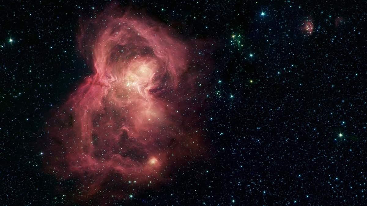 """NASA опубликовало невероятный снимок космической """" бабочки"""""""