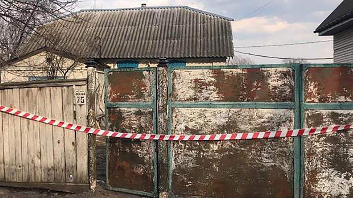 Под Киевом в собственном доме нашли труп мужчины: фото