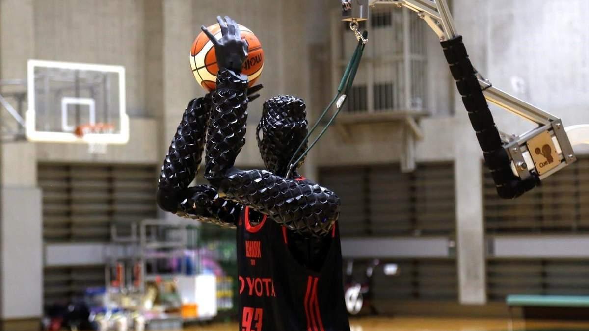 Робот-баскетболіст Cue 3