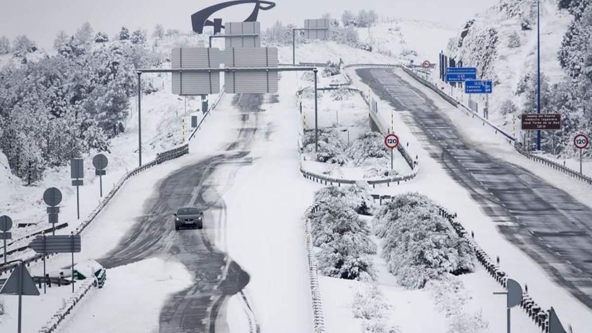 В Іспанії випав сніг
