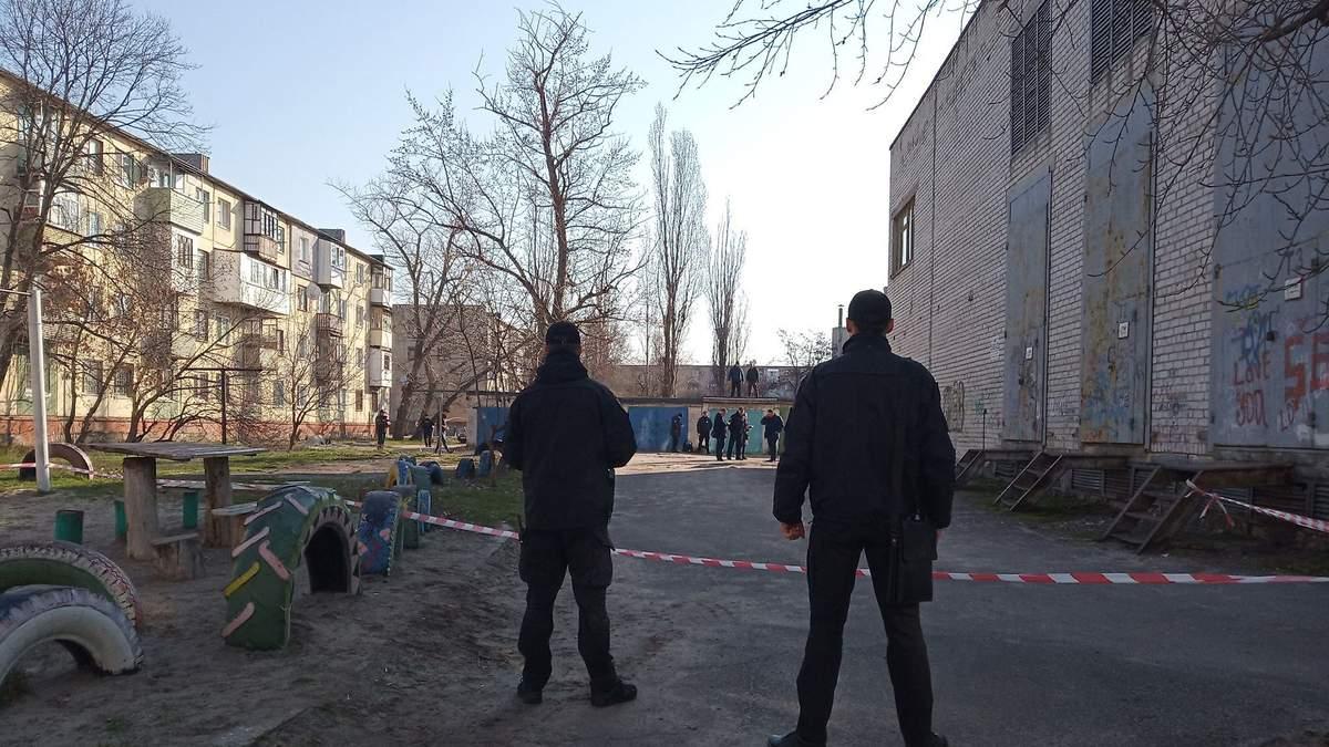 Мужчина совершил жуткое самоубийство в центре Северодонецка на Донбассе