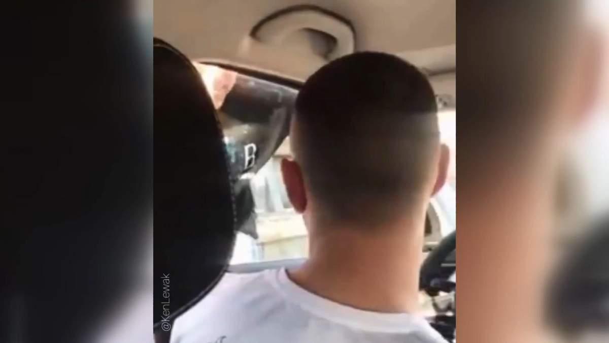 Поляк унизил и плюнул в лицо украинцу: видео