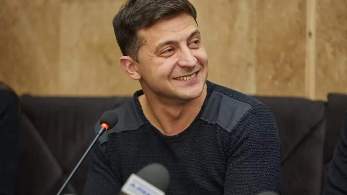 """Зеленский готовит свой сценарий, – журналистка о дебатах на """"Олимпийском"""""""