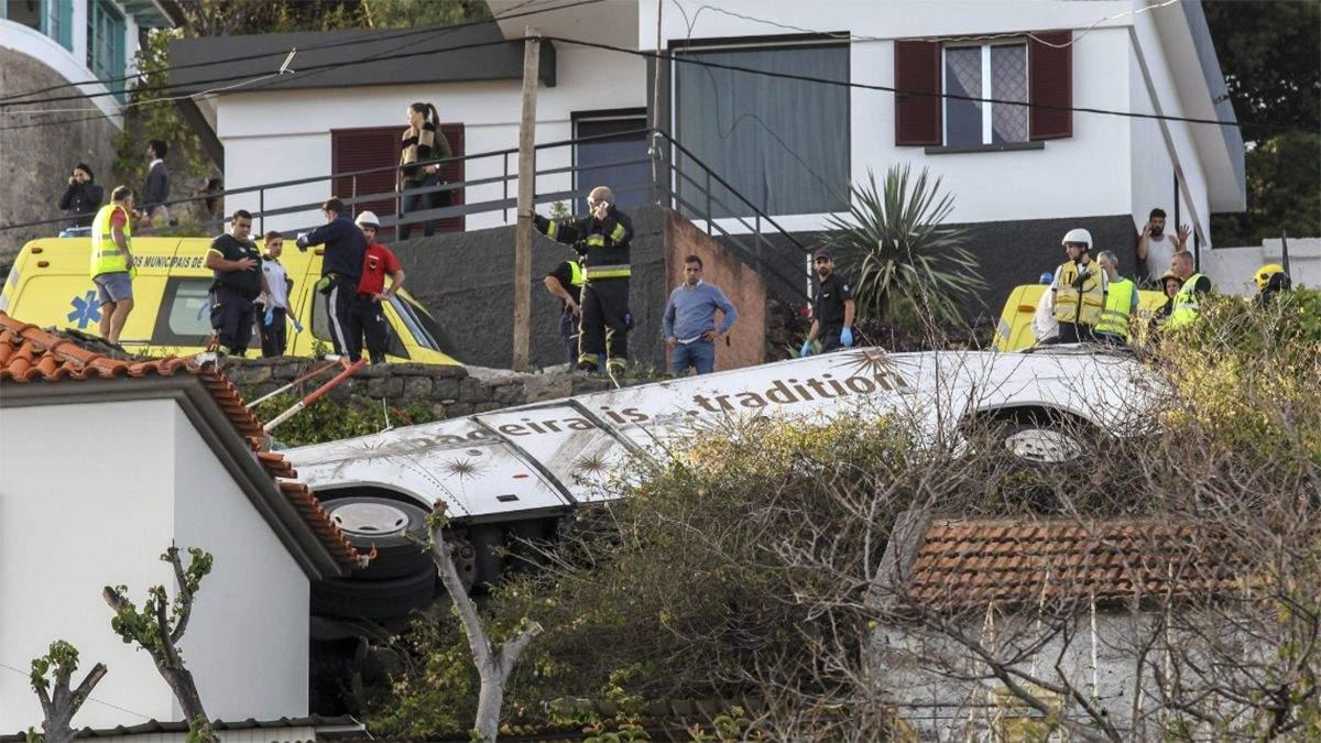 В Португалии перевернулся автобус с иностранцами: 29 погибших