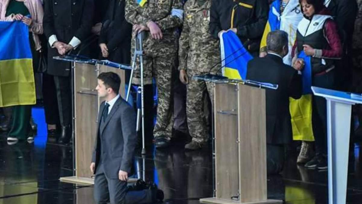 Володимир Зеленський та Петро Порошенко під час дебатів
