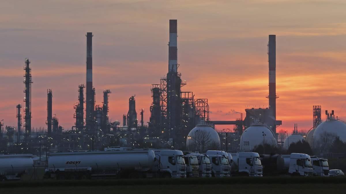 Білорусь скаржиться на неякісну російську нафту