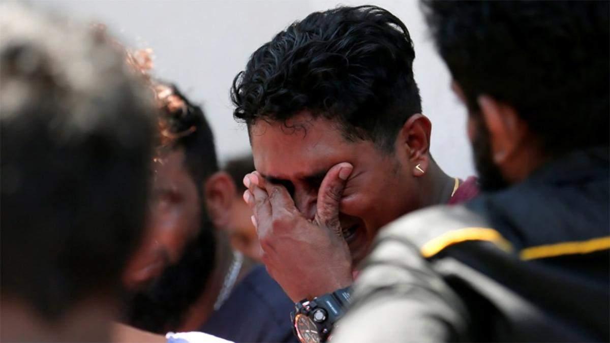 Теракт на Шри-Ланке: местные жители рассказали, что произошло (фото и видео)