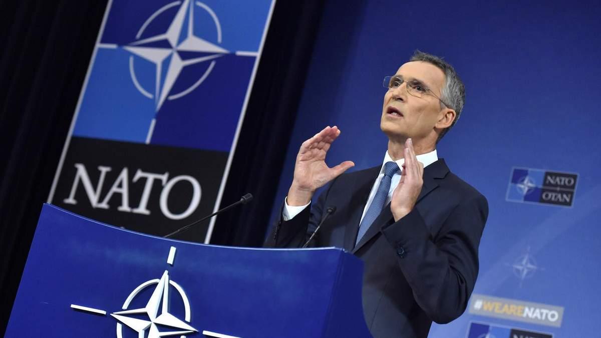 Столтенберг пригласил Зеленского посетить штаб-квартиру НАТО