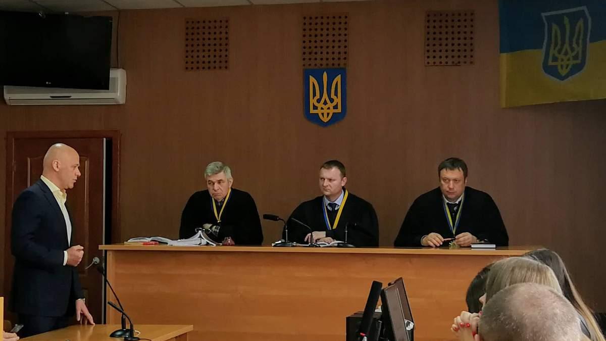 Чому одеський суд не може розглядати справу Труханова?